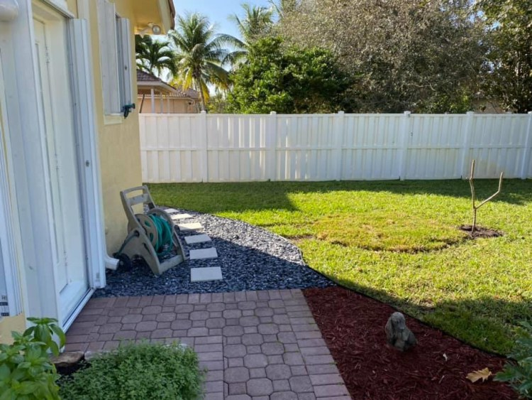 A Look Into Lawn Fertilization For Pompano Beach Homeowners